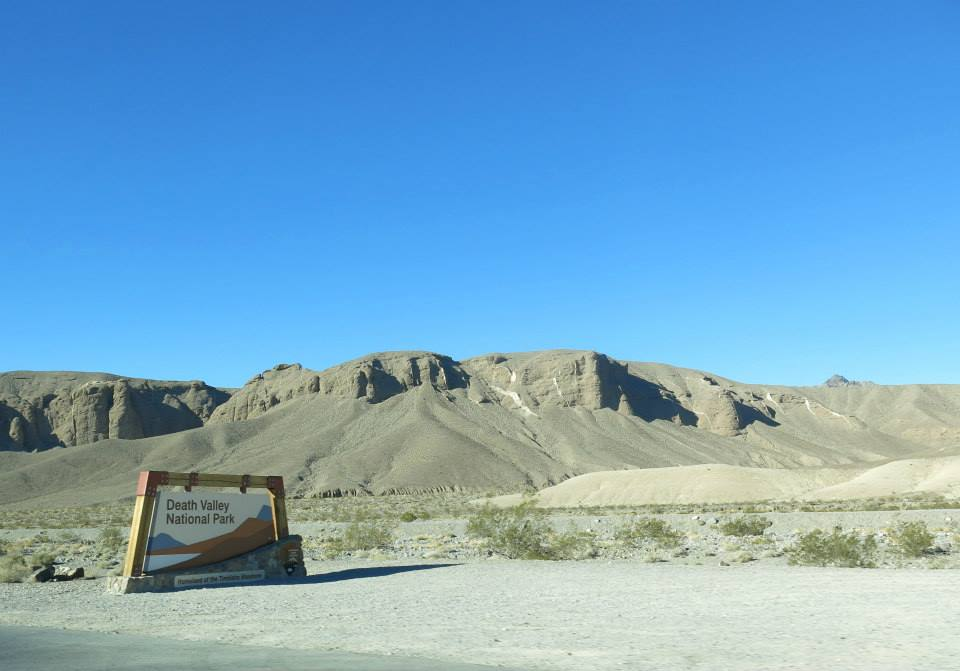 Death-valley-larevuey-1
