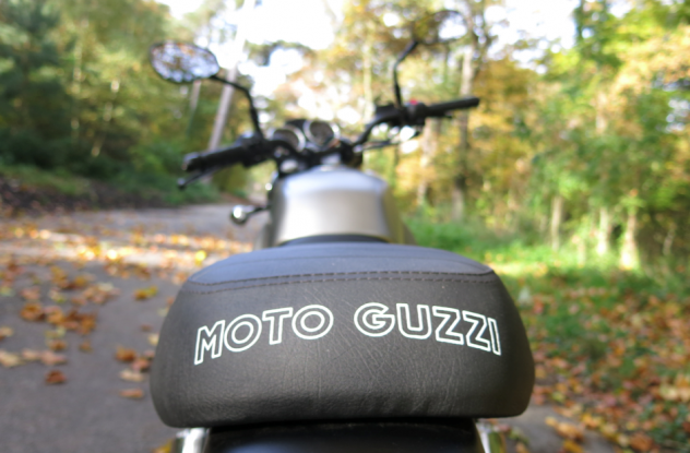 LaRevueY_MotoGuzzi8