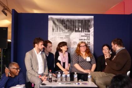 Sept conférenciers échangent autour du thème 'Les femmes dans la bande dessinée'