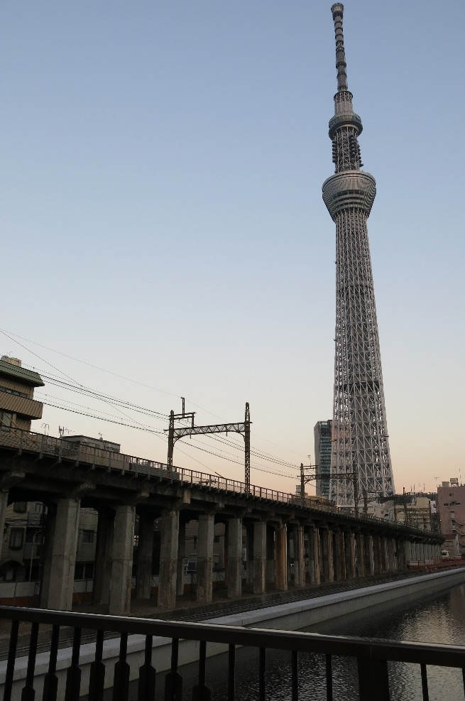 tokyo-sky-tree-tower-larevuey-2