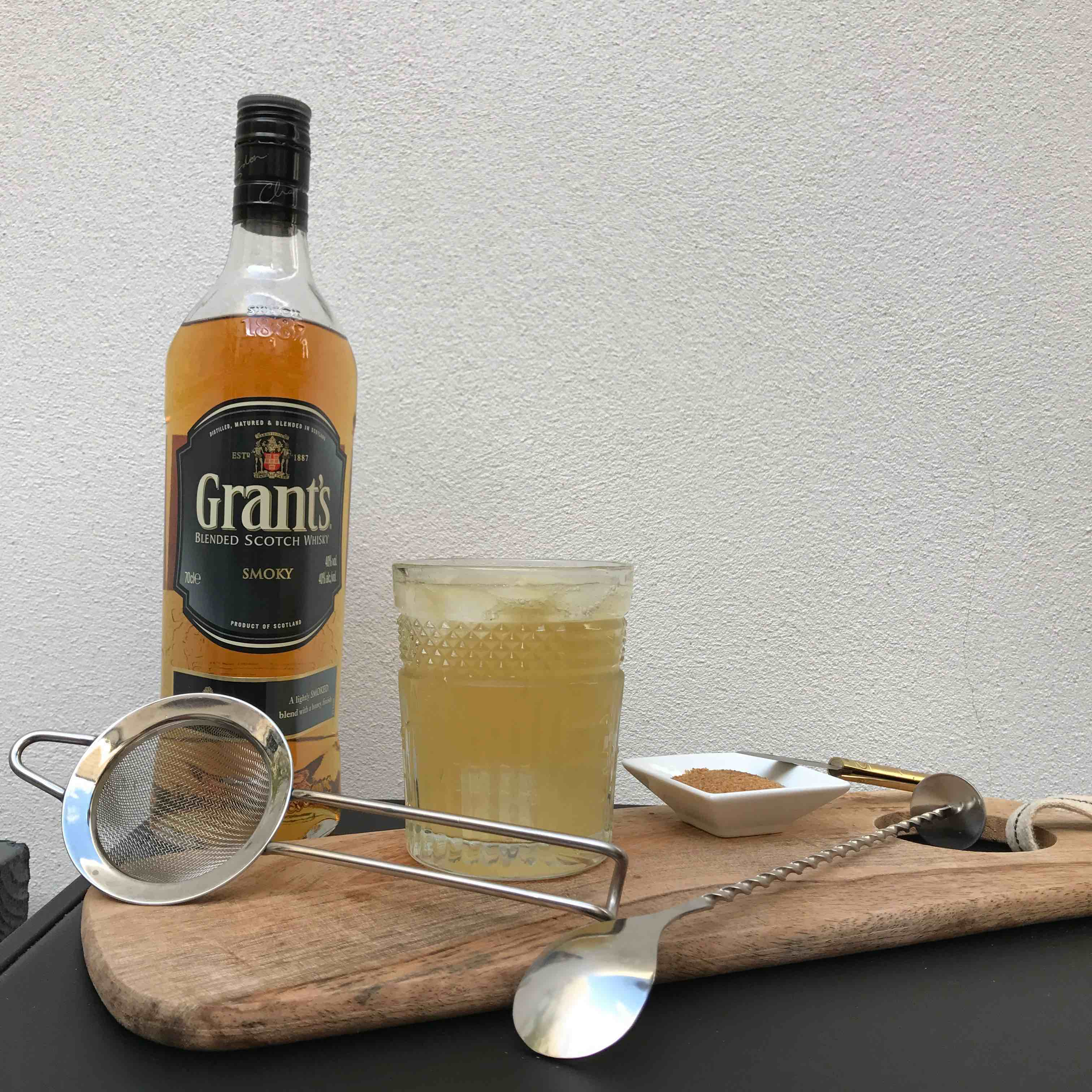 cocktail-grants-smoky-la-revue-y-2