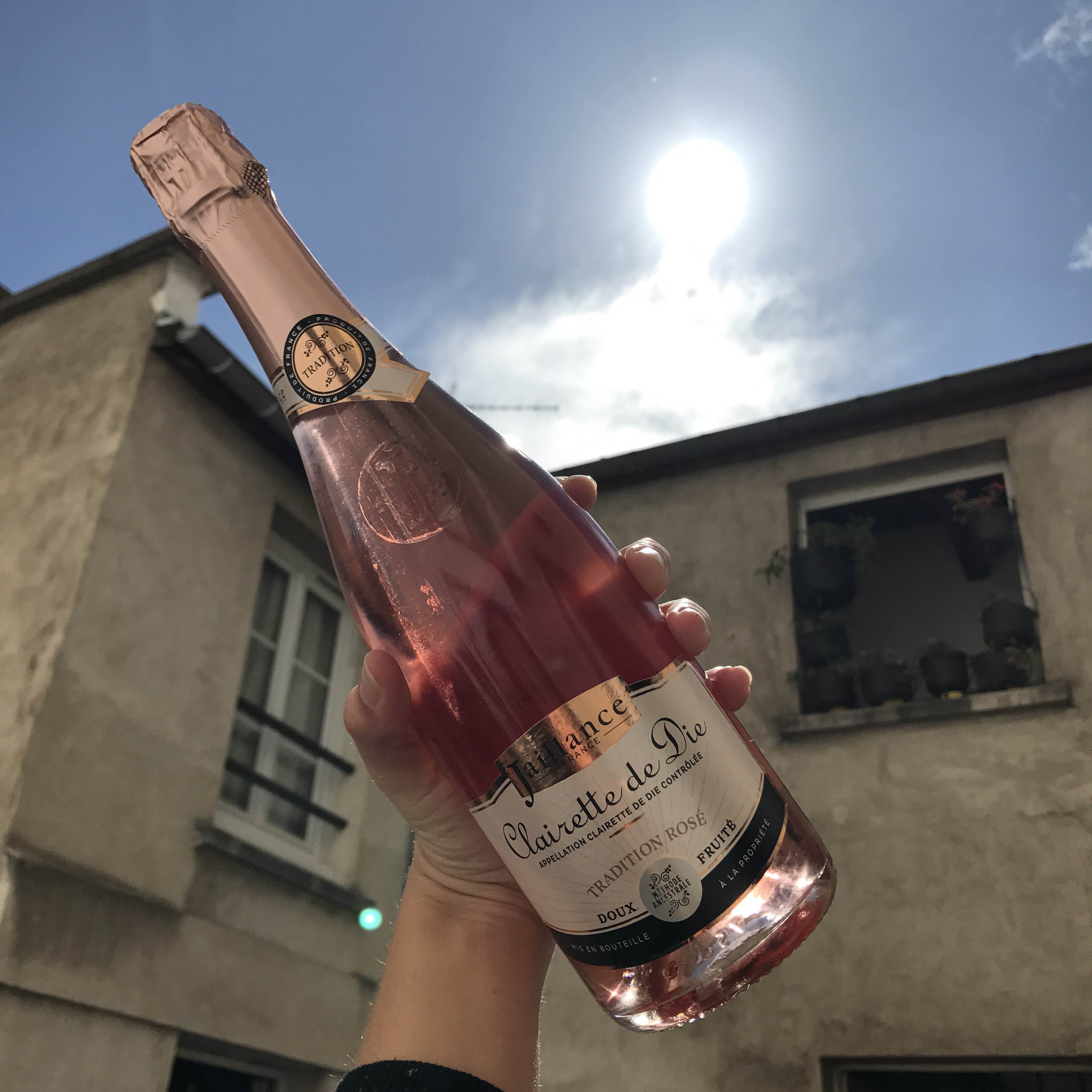 larevuey_champagnerosé3